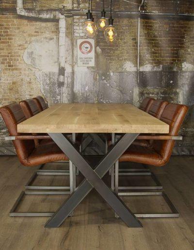 Sagada industriele-tafel-voorzien-standaard-x-tafelpoten